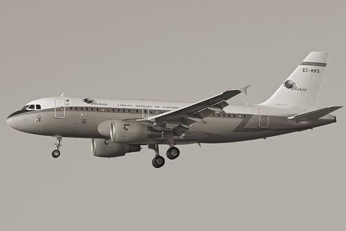 Iberia A319 Retro B&W