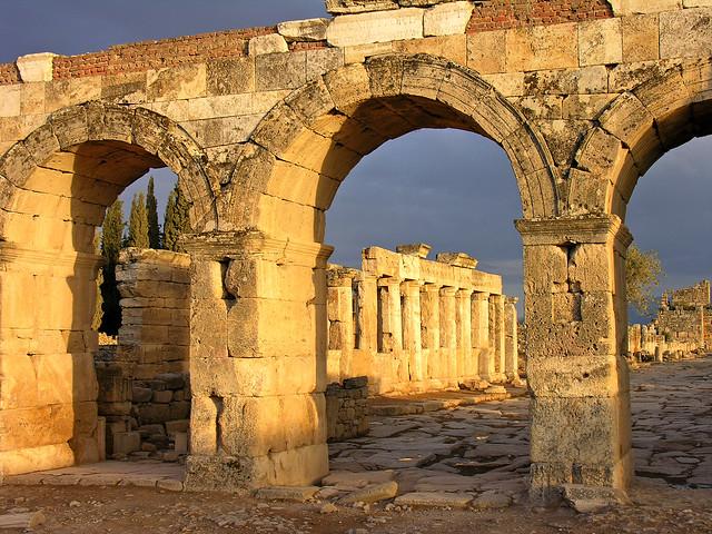 Turkey-2658 - Northern Gate at Pamukkale