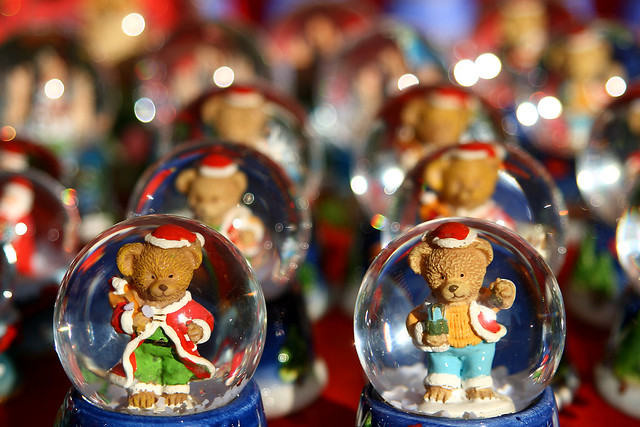 Christmas Gift Snowglobes by Six72