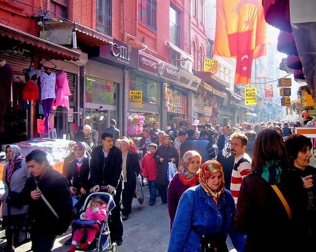Istanbul Market Street A Shopping Street Near The Grand