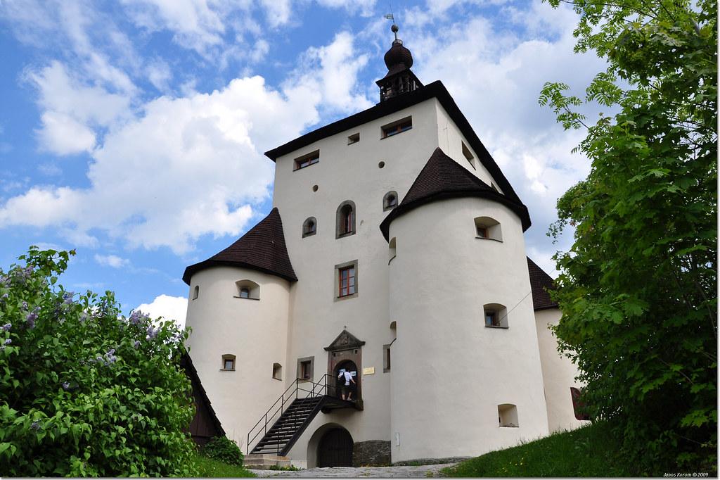 new castle in banska stiavnica, banska stiavnica unesco, what to do in banska stiavnica, tourist board in banska stiavnica, guide in banska stiavnica