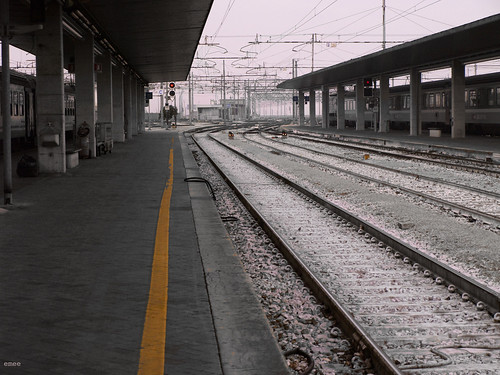 railway by emeeluna