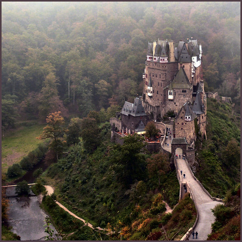 fairytale castle, more than 100.000 views