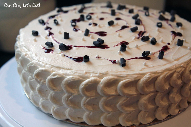 blackberry white chocolate cake 12