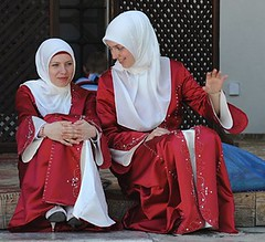 Bosnian Girls at a Mosque by Ayra Almeira Jasrah via Flickr