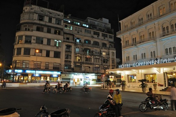 Hotel Continental at night