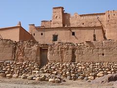 Aldeia de Nkob nas Montanha do Saghrou, Kasbahs e Palmeirais