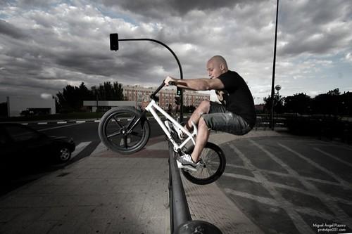 Carlos bmx Whethepeople street  jam Madrid by prototipejo como Miguel Angel Pizarro