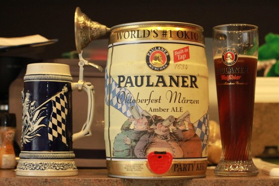 history of Oktoberfest beer and festival, Paulaner ALE