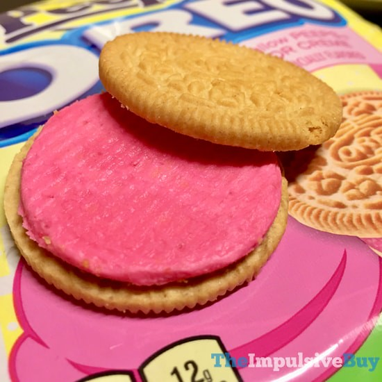 Limited Edition Peeps Oreo Cookies 4