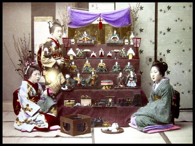"HINA MATSURI -- ""GIRLS DAY"" CELEBRATION AND DECORATIONS in OLD JAPAN  雛人形"