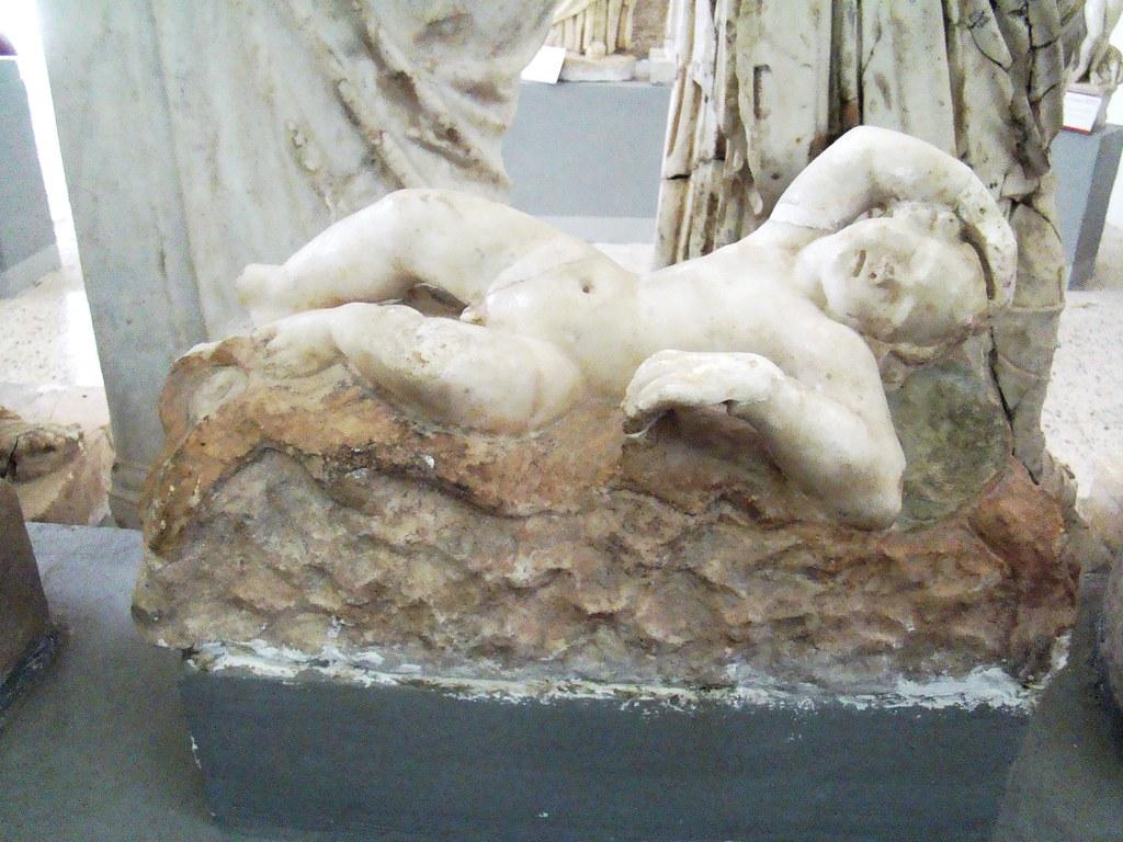 Cirene Museo Esculturas completas Libia 33