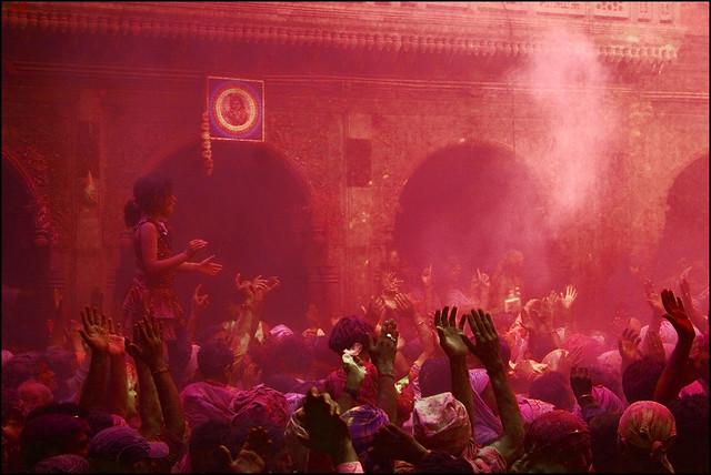 Towards Faith | Devotion - 35 Colorful Collection of Holi Photos