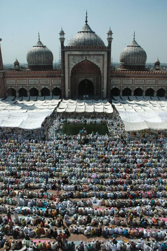 The Masjid welcomes every seeker into its fold