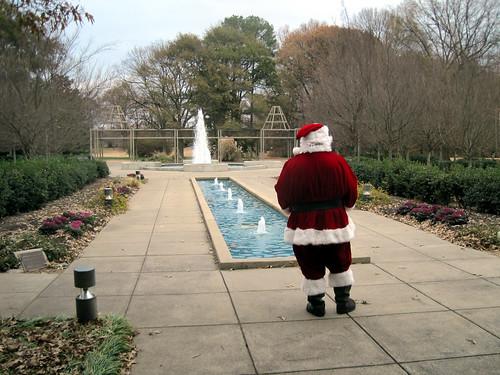 Santa takes a break by joespake