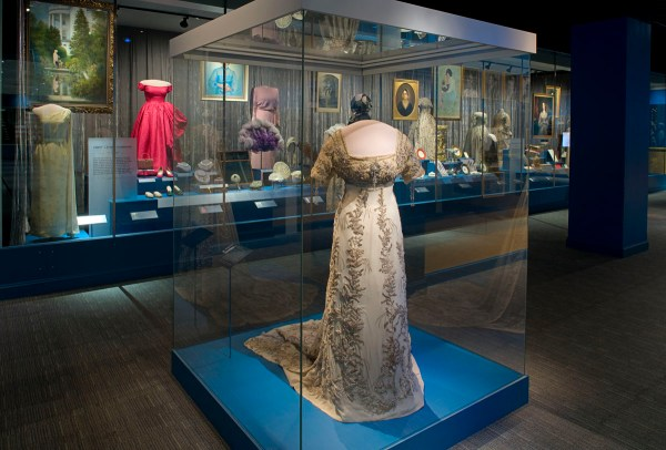 First Lady Dresses Smithsonian American History Museum