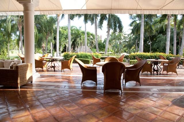 Casa velas hotel lobby garden view