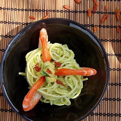 Cold Spaguetti & Avocado salad