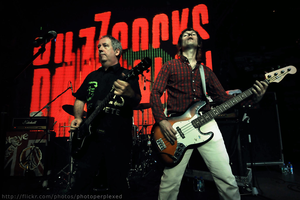 20091213_zirca_4788_buzzcocks_large