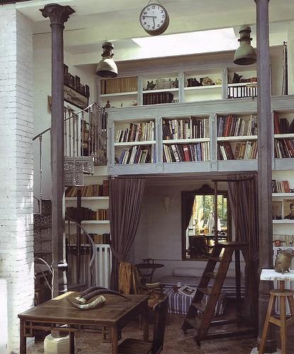 Monumental book loft