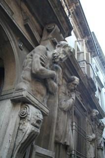 20091112 Milano 10 Via degli Omenoni 04 Casa degli Omenoni