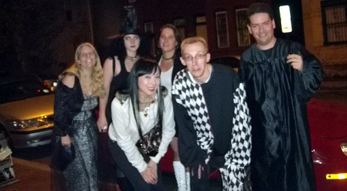 20091029 - Spooky - GEDC0462 - Carolyn, Parthena, Autumn, Crystal, John, Clint - group photo