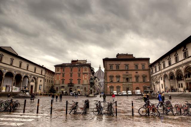 piazza santissima annunziata