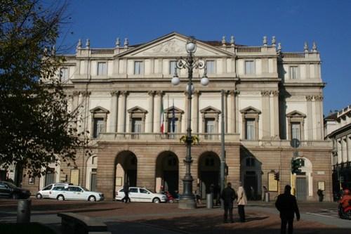 20091112 Milano 15 Piazza della Scala 08