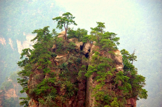 25 Awesome Places You Must Visit Before You Die chalbatohi tanzi mountains