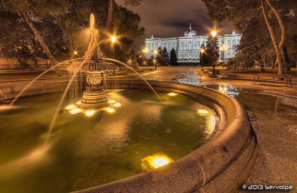 The Fountain Of Golden Dreams #1 :: HDR :: DRI