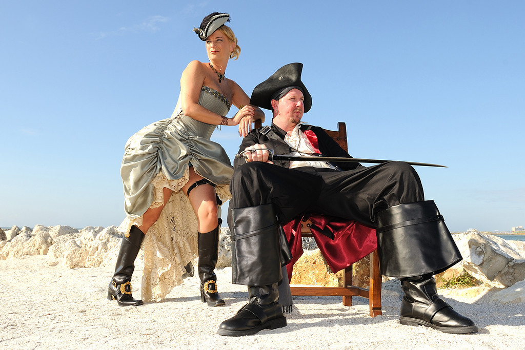 SnM Pirate Wedding 069