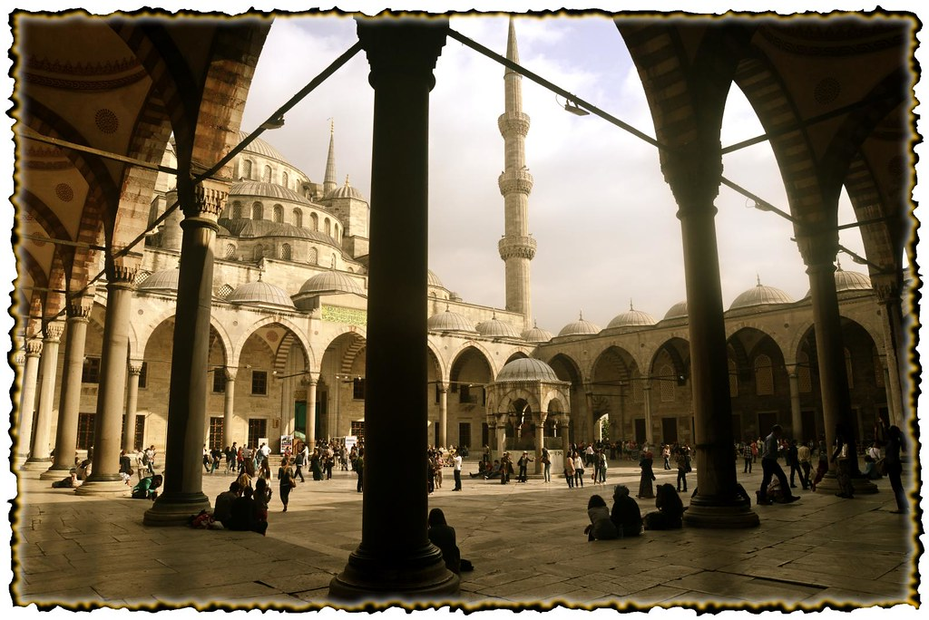 afternoon in the blue mosque