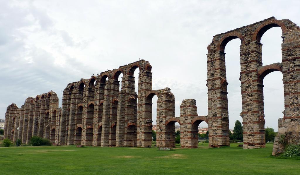 Acueducto Los Milagros, en Mérida. Autor, Rafael dP