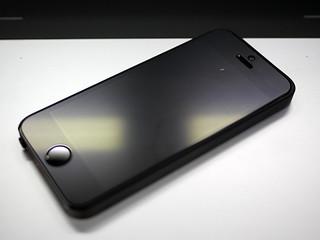 モノリスのように人類を進化させる。:Apple iPhone 5s 32GB ME335J/A 001