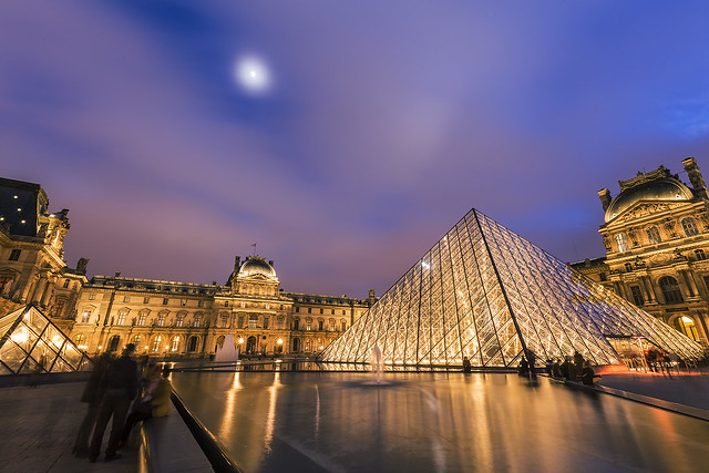 20140123_F0001: The moon and the glass pyramids of the Louvre