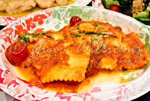 Cheese Ravioli in Vodka Sauce