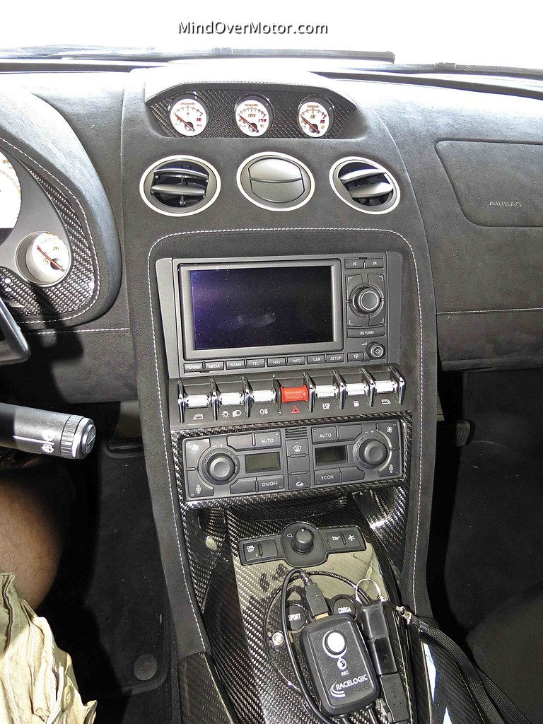 Lamborghini Gallardo LP570-4 Superleggera Interior