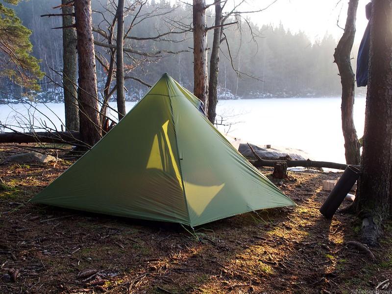 Campsite on banks of Raslängen