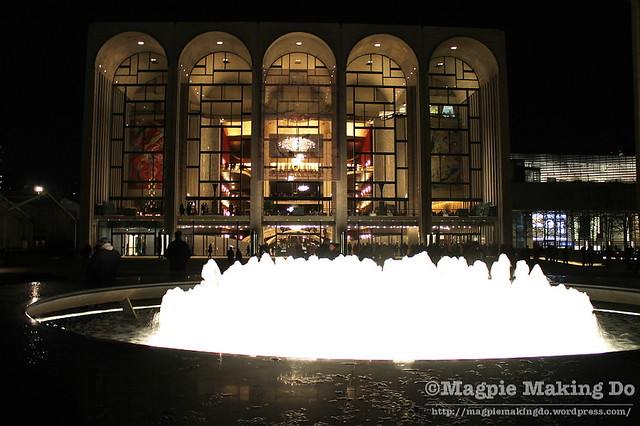 The Met full with fountain
