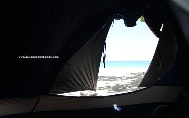 Camping in Calaguas
