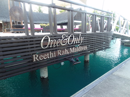 One and Only Reethi Rah boat dock arrival