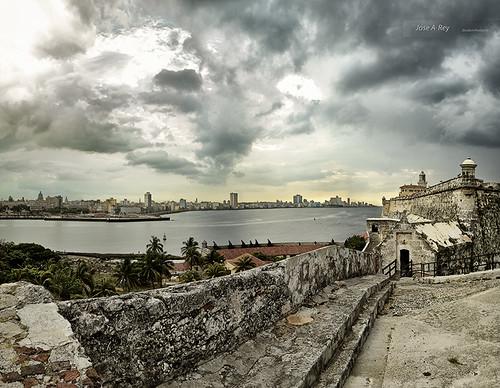 Havana friday afternoon by Rey Cuba