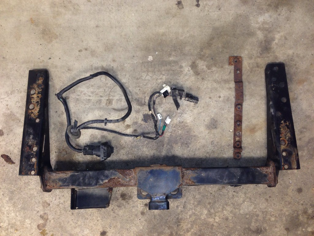 hight resolution of 2001 jeep cherokee factory trailer wiring harness and hitch
