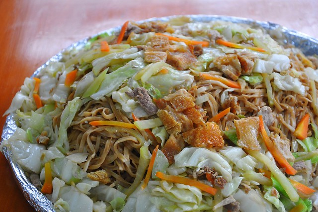La Moda Panciteria Pancit with Ilocos Chicharon
