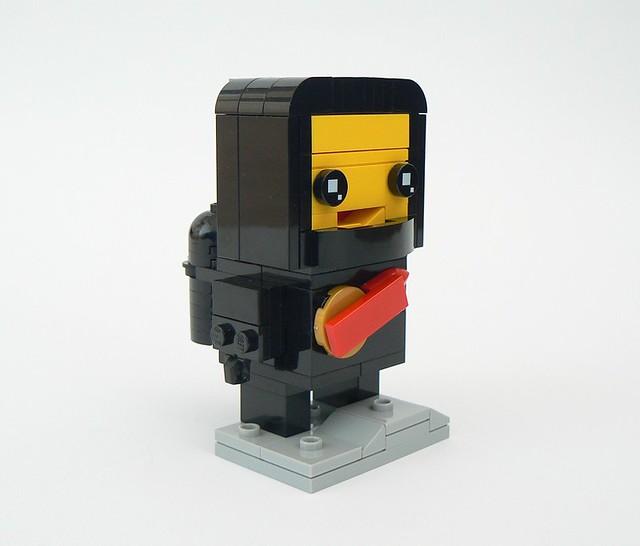 Lego_astronaut_v2_2