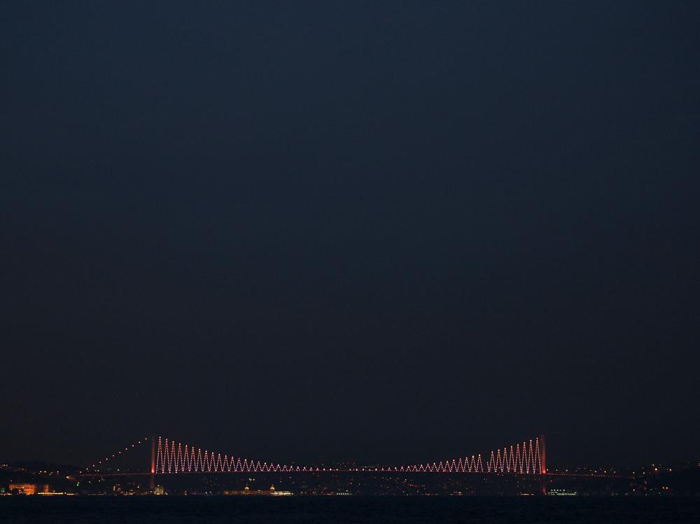 Istanbul - the road from Europe to Asia, Bogaziçi Bridge