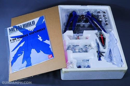Metal Build Freedom Gundam Prism Coating Ver. Review Tamashii Nation 2012 (8)