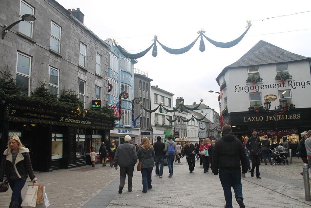 Qué ver en Galway: Shop Street