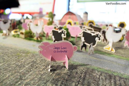 VanFoodies at a farm!
