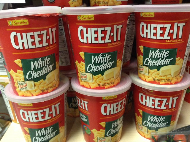 Cheez-It White Cheddar Snack Crackers in Cups